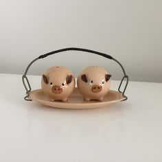 Pig Salt and Pepper Shakers !!!