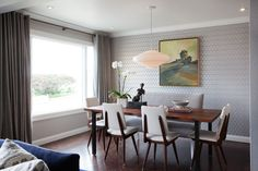 15 Dining Spaces with Banquette & Bench Seating