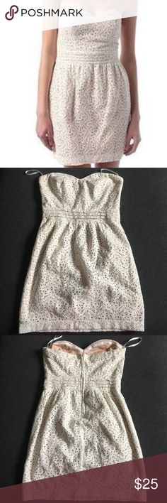 EUC urban outfitters Lace strapless dress Ivory Excellent used condition! No signs of use!!! This dress pins and needles for Urban outfitters is so pretty and romantic! And the shape is really flattering! Size 2 is color Ivory and the lining is light pink. Urban Outfitters Dresses Mini