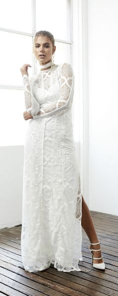 [tps_header]  Dress fromGrace Loves Lace.     (adsbygoogle = window.adsbygoogle || []).push({}); [/tps_header] Specialising in luxurious & effortless wedding gowns, Grace Loves Lace delivers artfully crafted desi...
