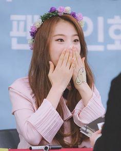 Haseul Follow @hyunjin.loona - #HASEUL #JOHASEUL #LOONA #HYUNJIN #HEEJIN #YEOJIN # #LOOΠΔ #LOONAHASEUL #이달의소녀 #하슬 #조하슬