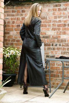 Long Leather Coat, Black Leather, Sophisticated Style, Elegant, Layered Look, Mantel, Dress Up, Female, Stylish