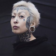 Definitely not saying I want face tattoos, I just thought this was beautiful