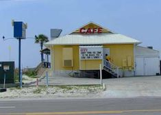 Bahama Bob's is a great restaurant in Gulf Shores, Alabama Gulf Shores Restaurants, Great Restaurants, Orange Beach Alabama, Sweet Home Alabama, Beach Fun, Beach Trip, Gulf Shores Vacation, Gulf Shores Alabama, Places In Florida