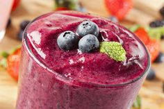 Dr. Dow's Blueberry Protein Smoothie | The Dr. Oz Show