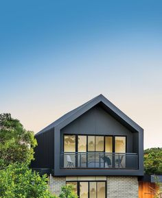 Colorbond steel, Australia's iconic colour palette, has launched an elegant new Matt finish to complement the latest exterior design trends. Exterior Stairs, Exterior Cladding, Exterior House Colors, House Cladding, Facade House, Modern House Facades, Modern House Design, Modern Exterior, Exterior Design