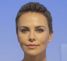 Have You Seen Charlize Theron's Beautiful Buzzcut Lately? Come See How She's Styling It!