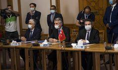 Σε προσπάθειες προσέγγισης της Αιγύπτου μετά από πολλά χρόνια «παγωμένων» σχέσεων επιδίδεται η Τουρκία- με τη γερμανικήSuddeutscheZeitungνα χαρακτηρίζει τον Τούρκο…Περισσότερα...