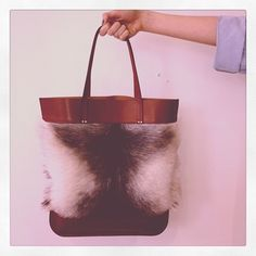 The stand out winter Fleur Tote