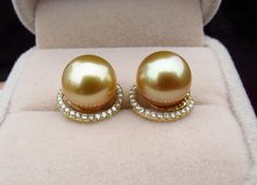 Whether you are looking for a vintage and unique pearl jewelry within your budget? Pearl And Diamond Earrings, Pearl Diamond, Pearl Ring, Pearl Jewelry, Jewelry Box, Jewelery, Wedding Accessories, Jewelry Accessories, Jewelry Design