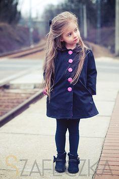 Little lady embarks on a journey »szafeczka.com - blog parentingowy - children's fashion