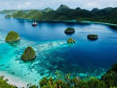 Photographer Chris Court shares highlights of a trip through the remote waters of Indonesia's Raja Ampat Archipelago.