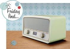 HERITAGE RADIO IN PALE GREEN | GOODMANS | GIRL ABOUT TECH
