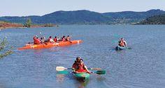 Activités nautiques, lac du Salagou - Hérault, le Languedoc © Henri Comte