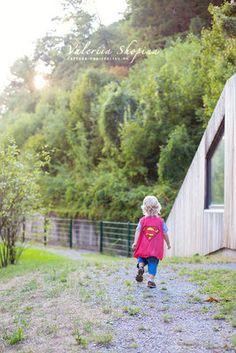 Super hero on a mission   Children Photography Ideas   Gallerie - Familienfotos in Freiburg   Babybauch, Neugeborene und Kinder