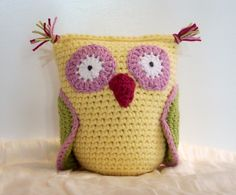 owl pillow-crochet Owl Pillows, Frostings, Colors, Crochet Owls, Crochet Craft, Baby Girls, Frosting Recipes, Babies Rooms, Amigurumi