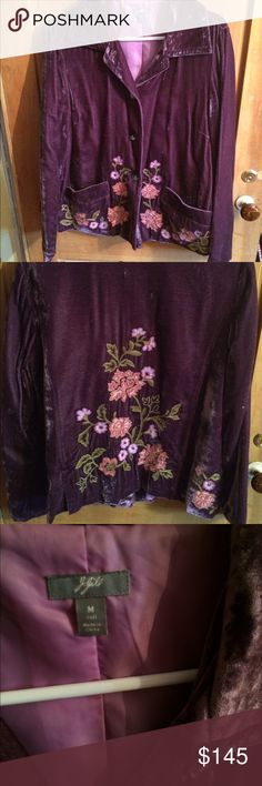 JJill crushed velvet and embroidered jacket Bohemian jacket that sits nicely at the top of the hips. Crushed velvet and embroidered beautifully. JJill size M J. Jill Jackets & Coats Blazers