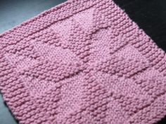 Free Knit Cotton Dishcloth Patterns | Free dishcloth pattern on Ravelry.com