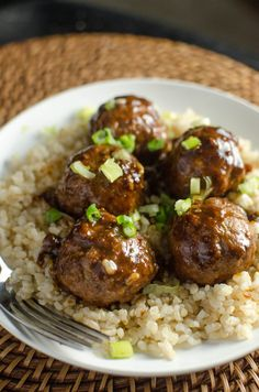 saucy asian meatballs :) freeze meat balls - freeze sauce - defrost and bake meat balls -warm sauce
