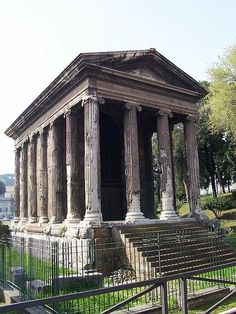 Temple of Portunus (120-80 BC), Palatino Hill in Rome