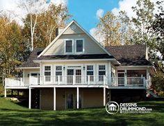 COTTAGE PANORAMIQUE D'ESPRIT AMÉRICAIN  Chalet avec grande terrace, abri moustiquaire et foyer deux faces  http://www.dessinsdrummond.com/detail-plan-de-maison/info/louisia-chalet-1000435.html