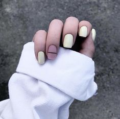 45 Beautiful Nailart Inspirations Every Girl Must Try Right Now – Page 3 – Style O Check Get Nails, How To Do Nails, Hair And Nails, Gelish Nails, Nail Manicure, Minimalist Nails, Luxury Nails, Finger, Creative Nails