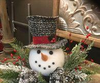 DIY Snowman Table Centerpiece Decoration