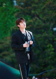 Yg Ikon, Kim Hanbin Ikon, Chanwoo Ikon, Ikon Kpop, Yg Entertainment, Ringa Linga, Ikon Leader, Winner Ikon, Jay Song