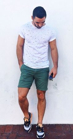 awesome Mens Fashion Style S Summer Outfits, Casual Outfits, Men Casual, Summer Clothes, Look Fashion, Mens Fashion, Fashion Outfits, Jungs In Shorts, Outfit Man