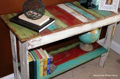 Beyond The Picket Fence: Pallet sofa table