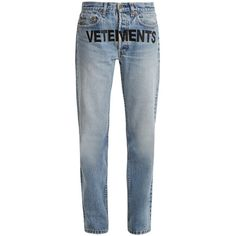 Vetements X Levi's logo-embroidery low-rise wide-leg jeans (€1.350) ❤ liked on Polyvore featuring jeans, denim, faded blue jeans, vetements jeans, low rise jeans, 5 pocket jeans and low rise wide leg jeans