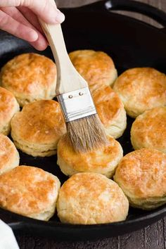 Honey Cream Cheese Biscuits with soft, flaky centers. Pastry Recipes, Bread Recipes, Baking Recipes, Cheese Recipes, Baking Snacks, Quick Recipes, Baking Ideas, Delicious Recipes, Vegetarian Recipes