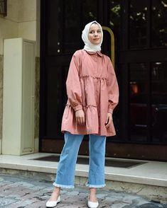 Dijin Ova (@ovadijo) • Instagram fotoğrafları ve videoları Hijab Style Dress, Hijab Outfit, Girl Outfits, Casual Outfits, Fashion Outfits, Hijab Fashion Inspiration, Modest Wear, Mode Hijab, Kurta Designs