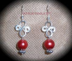 Aros pendientes artesanales de cuentas y alambre de aluminio  handmade beads and wire earring VER TUTORIAL https://www.facebook.com/NataliaYamilaDIY/photos/a.196968537139237.1073741839.172060006296757/319871231515633/?type=3&theater