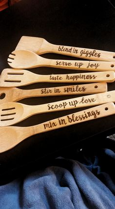 Sharp And Precise Laser Cut Wood Crafts DIY Ideas Wood burning diy wooden projects easy fun craft - Fun Diy Crafts Wooden Spoon Crafts, Wood Spoon, Wooden Diy, Wood Crafts, Decor Crafts, Wood Burning Crafts, Wood Burning Patterns, Wood Burning Art, Wood Burning Projects