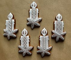 Dekoratívne medovníky - Fotoalbum - Vianočné Christmas Gingerbread Men, Gingerbread Ornaments, Rustic Christmas, Gingerbread Cookies, Christmas Cookies, Christmas Diy, Christmas Decorations, Xmas, Crazy Cookies