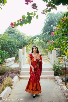 Sarees that have become every bride's pickup in wedding season Indian Wedding Gowns, Indian Bridal Outfits, Indian Bridal Fashion, Indian Designer Outfits, Bride Indian, Gown Wedding, Wedding Makeup, Indian Photoshoot, Saree Photoshoot