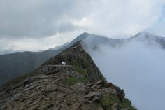 Snowdonia Wales - Clouds rebounding off the ridge line at Crib Goch [OC] [4000x2664]