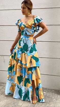 Girls Fashion Clothes, Fashion Days, Look Fashion, Girl Fashion, Fashion Dresses, Clothes For Women, Cute Dresses, Beautiful Dresses, Summer Dress Outfits
