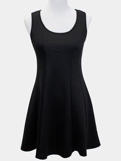 Black Seamlessly Simple Dress