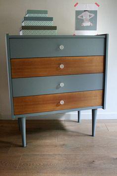 buffet vintage pieds compas relook et r nov par les jolis meubles buffets enfilades. Black Bedroom Furniture Sets. Home Design Ideas