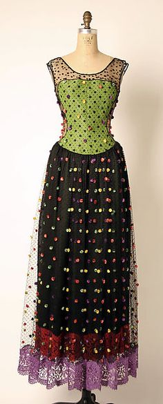 Geoffrey Beene (American, Haynesville, Louisiana 1927–2004 New York) Date: spring/summer 1991 Medium: synthetic, silk