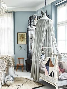 Decorating with Soul - 2 Vintage Kid's Rooms to Fall in Love With- Petit & Small
