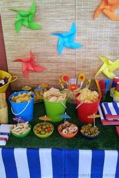 comida para festa na piscina