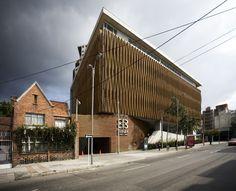 Edificio Camara De Comercio Sede Chapinero / Daniel Bonilla Arquitectos