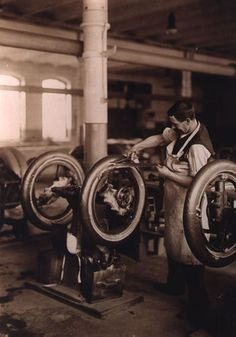 Vintage photo from inside a Continental Tire Plant in Germany. Early 1900s. #continental  #continentaltire  #tires  #vintage  #tireplant  #vintagephoto