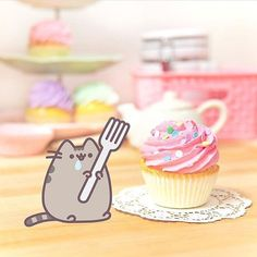 So excited to finally have #Pusheen at CoolPencilCase.com. Now, it's time for a cupcake. Happy Friday!  (link in bio) #coolpencilcase #stationeryaddict