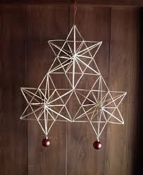 Kuvahaun tulos haulle tähtihimmeli Straw Decorations, Christmas Decorations To Make, Geometric Decor, Geometric Shapes, Christmas Makes, Christmas Crafts, Beautiful Christmas, Straw Crafts, Mug Decorating