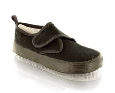 Priceless Essential School Pump With Velcro Fastening School pumpSingle bar velcro fasteningTake a step in the right direction!Product Name: Velcro 5x12 http://www.comparestoreprices.co.uk/womens-shoes/priceless-essential-school-pump-with-velcro-fastening.asp