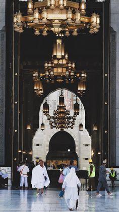 Mecca Madinah, Mecca Masjid, Masjid Al Haram, Mecca Islam, Islam Muslim, Allah Islam, Beautiful Islamic Quotes, Beautiful Mosques, Alhamdulillah